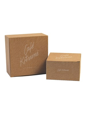 Café Kitsuné paper box with logo
